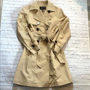 Like new Nine West classic trench coat sz L